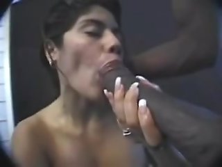 Latina sucks a big.., amateur
