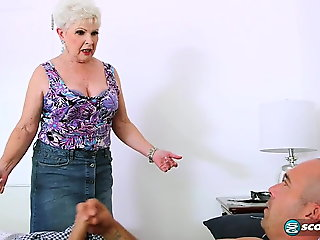 Jewel is a granny Milf.., blowjob